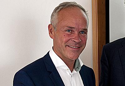 Boliger og kontorer skal bli mer energieffektive, foreslår statsråd Jan Tore Sanner. Foto: Knut Randem.